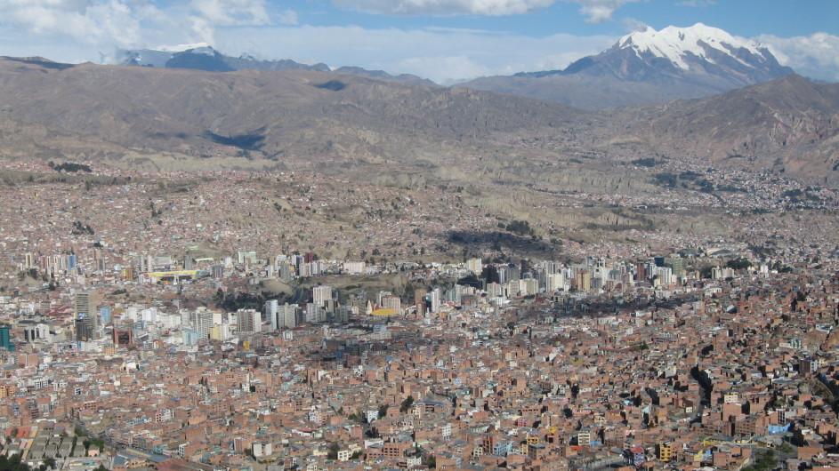 Bolivien La Paz mit dem Ilimani