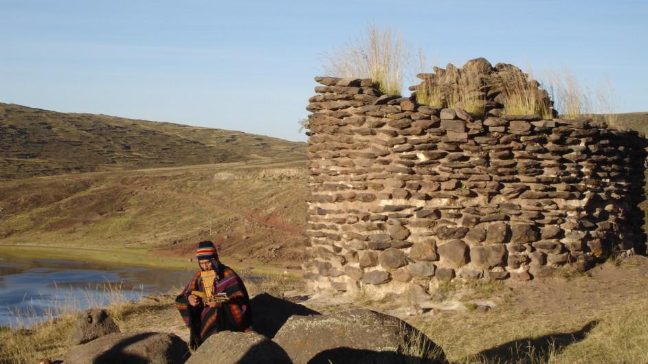 Peru Musiker am Titicacasee