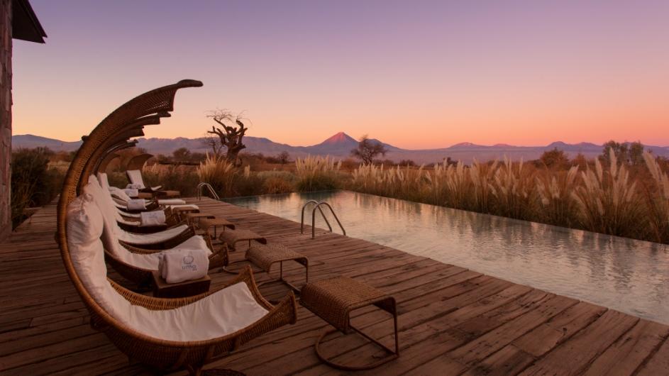 Tierra Atacama Pool außen