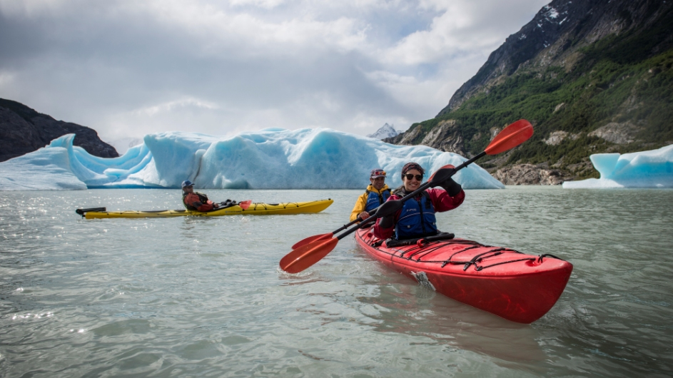 Kayaktour vorm Grey Gletscher