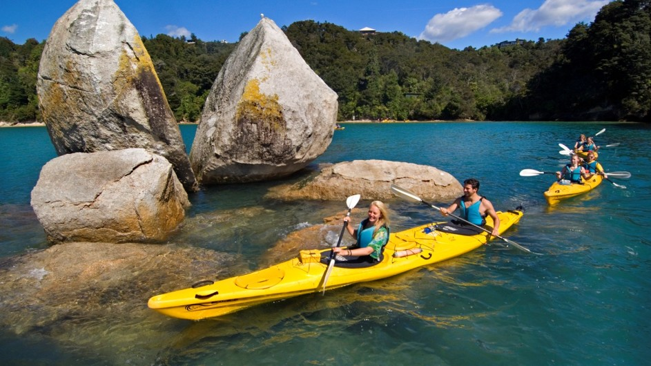 Neuseeland Abel Tasman Nationalpark Split Rock
