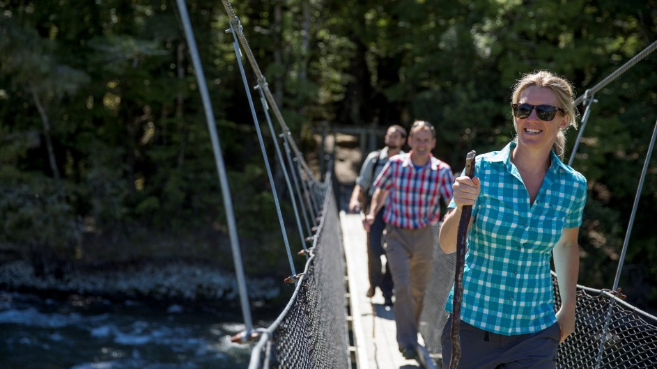 Neuseeland Routeburn River Hängebrücke