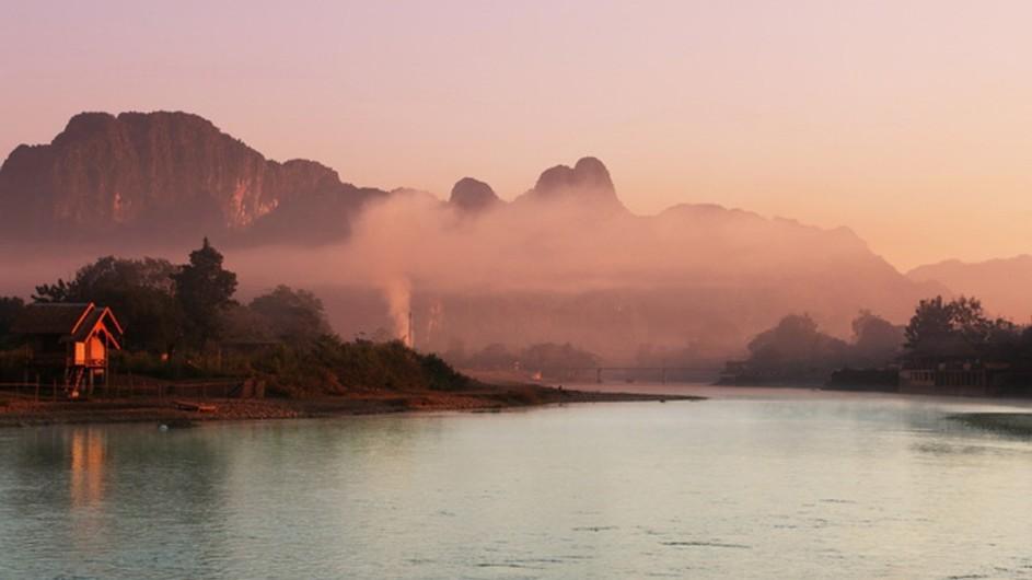 Laos Dunst über dem Mekong