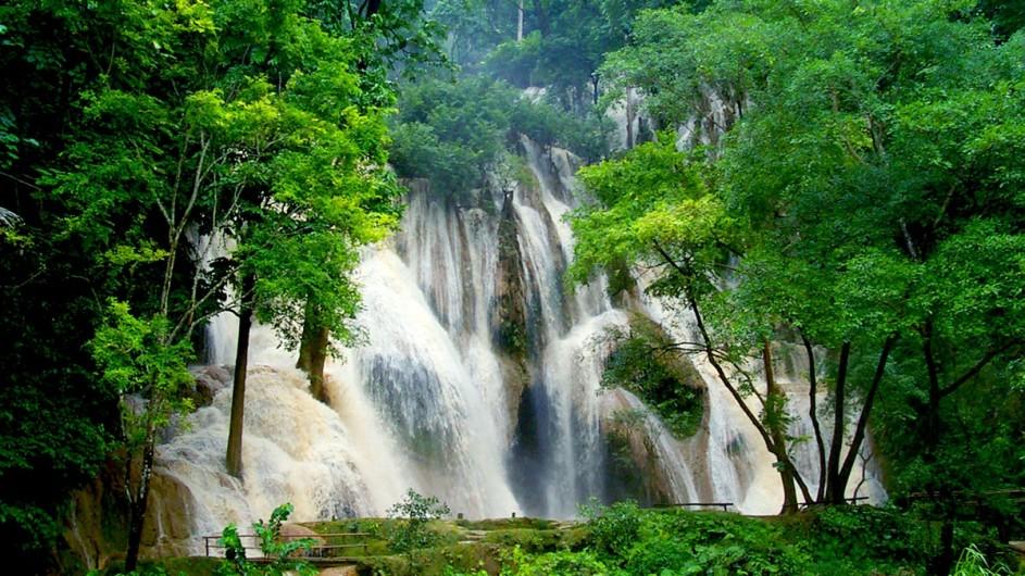 Laos Kuangsi Wasserfall