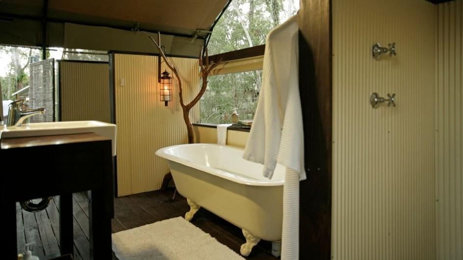 Australien Jervis Bay Paperbark Camp Deluxe Zelt Badezimmer
