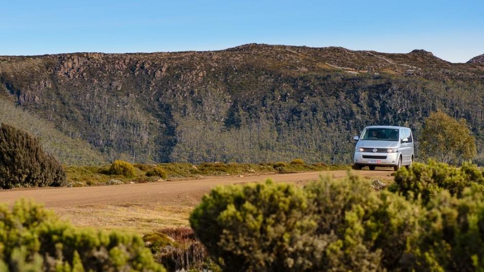 Australien Tasmanien Fahrt durch die Natur