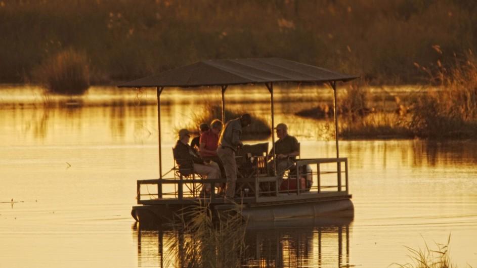 Botswana Linyanti Bush Camp Bootsausflug