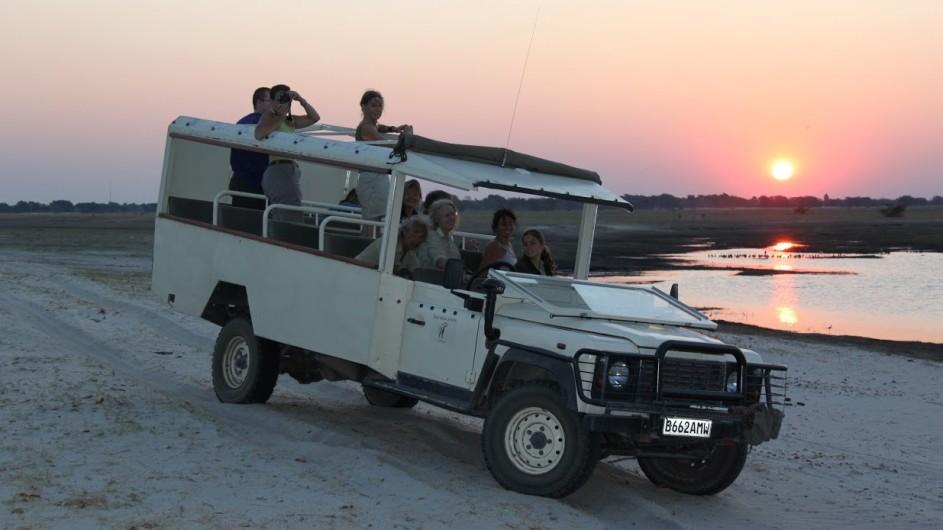 Botswana Sonnenuntergang am Chobe River Pirschfahrt