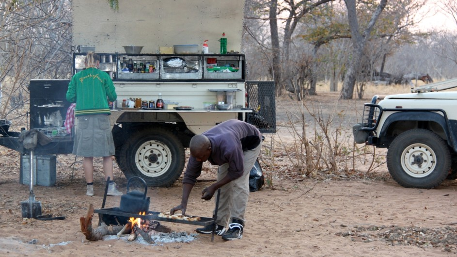 Botswana Bushway Safaris Zubereitung Frühstück