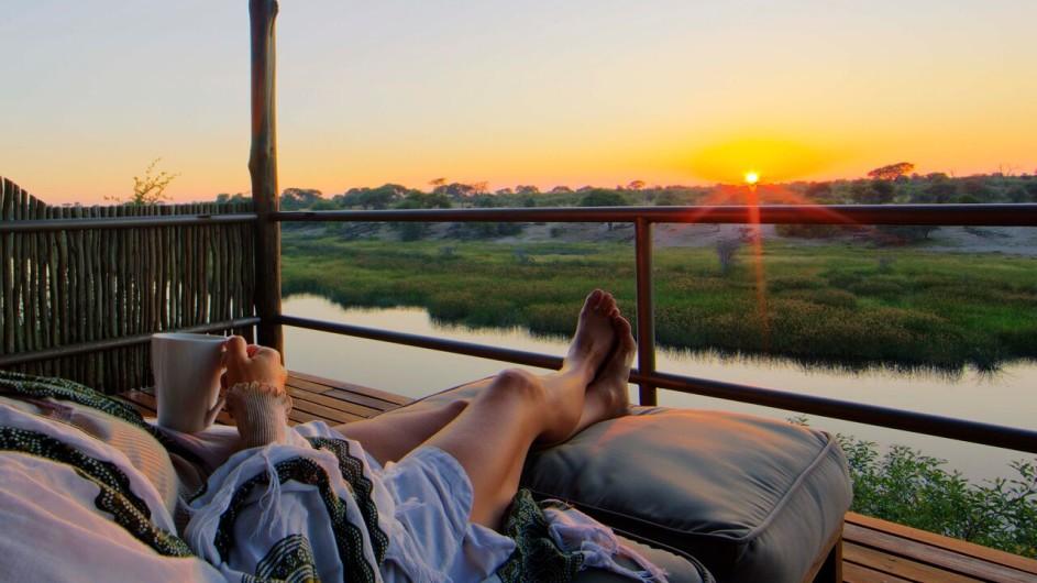 Botswana Kalahari Leroo La Tau Terrasse Sonnenuntergang