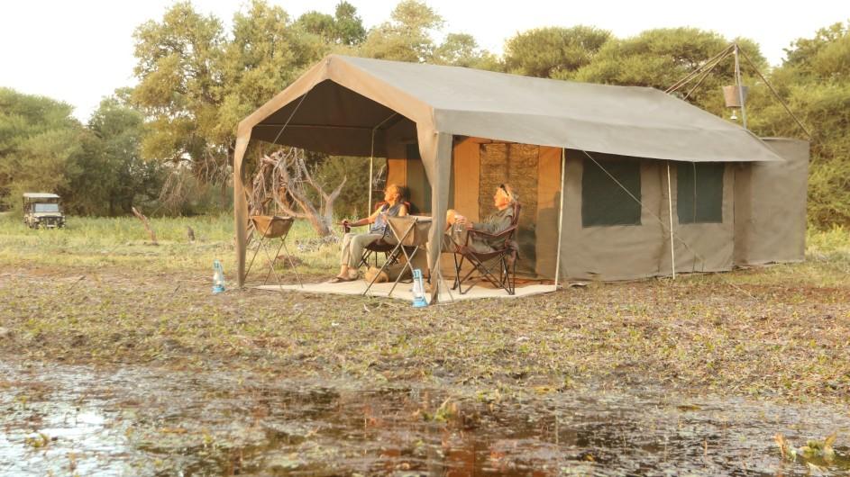 Botswana Letaka Safaris Zelt aussen