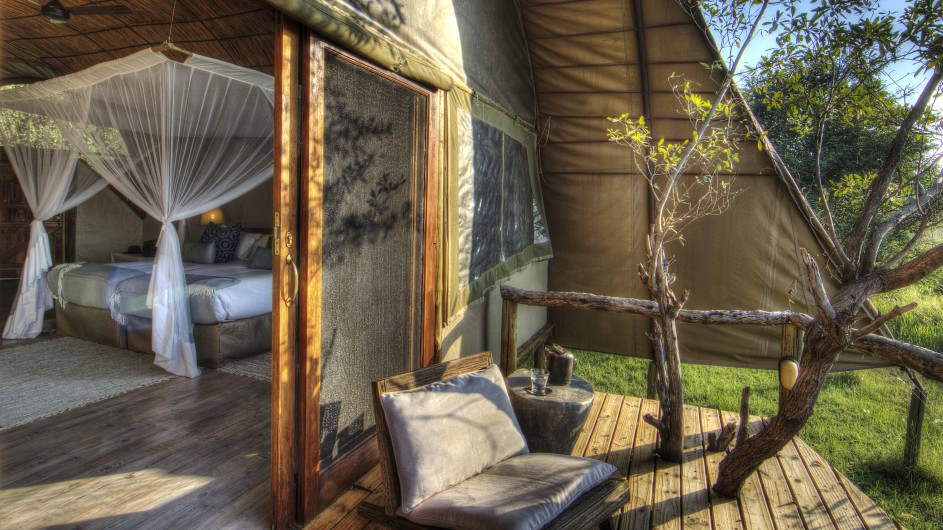 Botswana Moremi Game Reserve CAmp Okuti Zimmeransicht