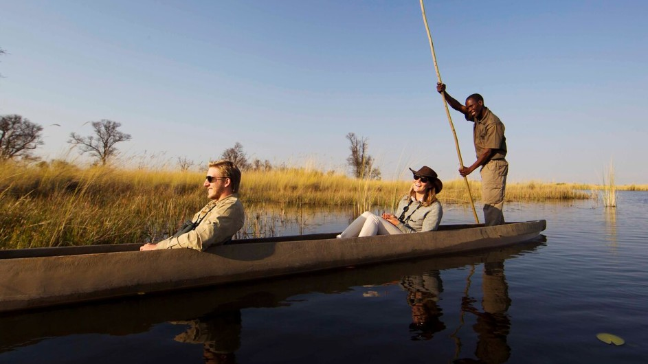 Botswana Moremi Game Reserve Camp Xakanaxa Mokoro Ausflug