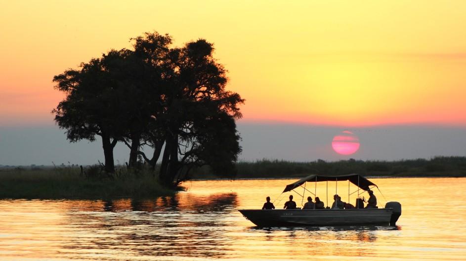 Botswana Sunway Safaris Bootsfahrt im Chobe Nationalpark