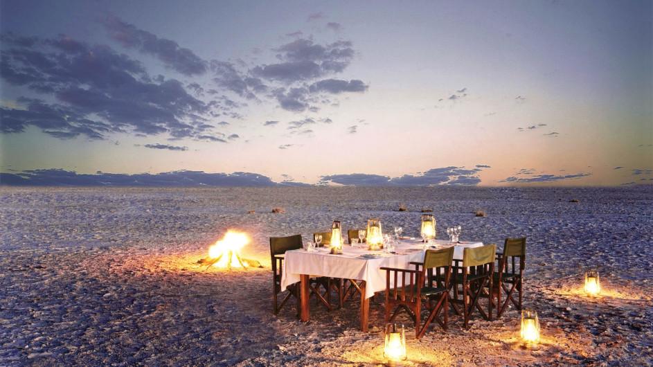 Botswana Jack´s Camp Dinner in der Salzpfanne