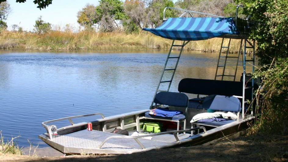 Botswana Kabbo Hausboot Ausflugsboot