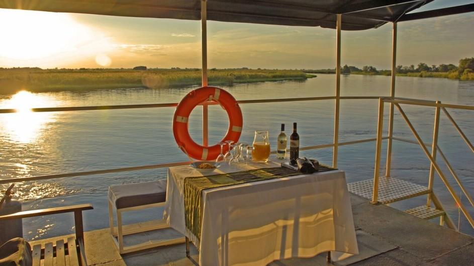 Botswana Kabbo Hausboot Aussendeck