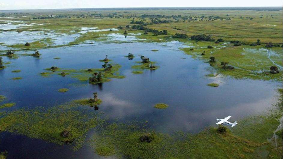 Botswana Kabbo Hausboot Okavango Delta