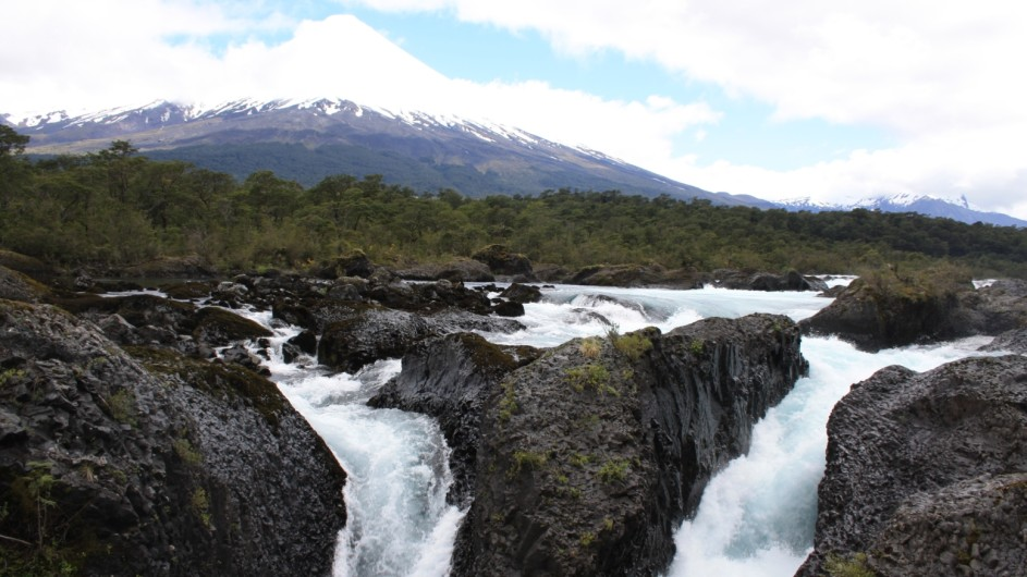 Chile Petrohue Osorno und Wasserfälle