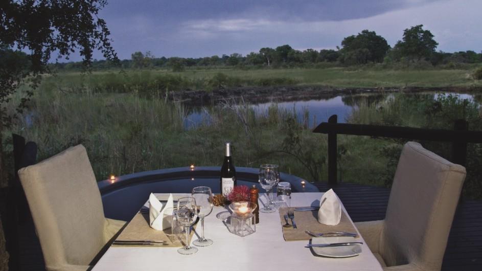 Namibia Caprivi Dinner in der Susuwe Island Lodge