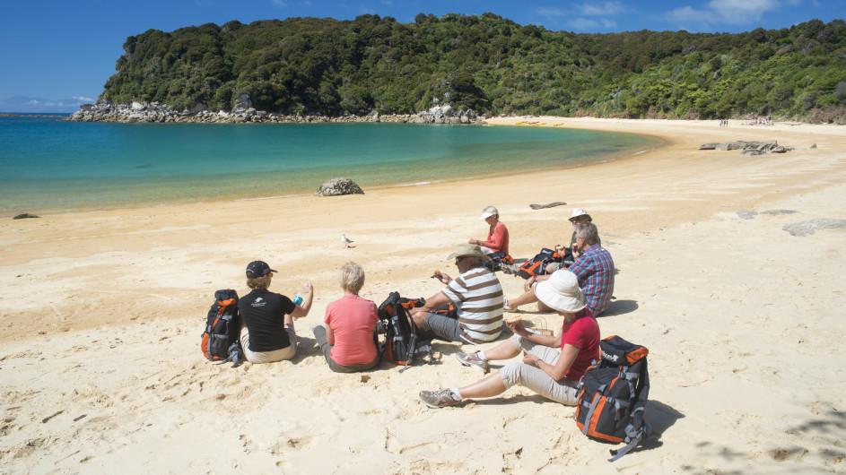 Neuseeland Abel Tasman Nationalpark Pause am Strand