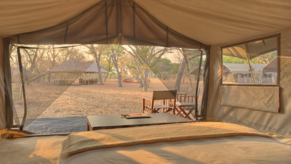 Botswana Chobe under Canvas Zelt innen