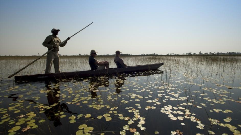 Botswana Expeition Mokoro Fahrt im Okavango Delta