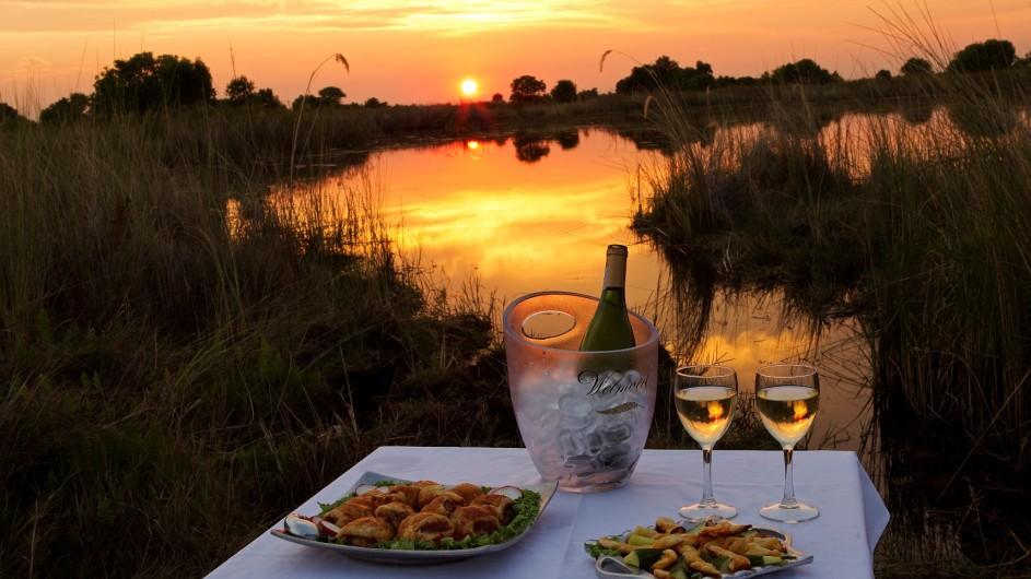 Botswana Okavango Delta Shinde Sundowner