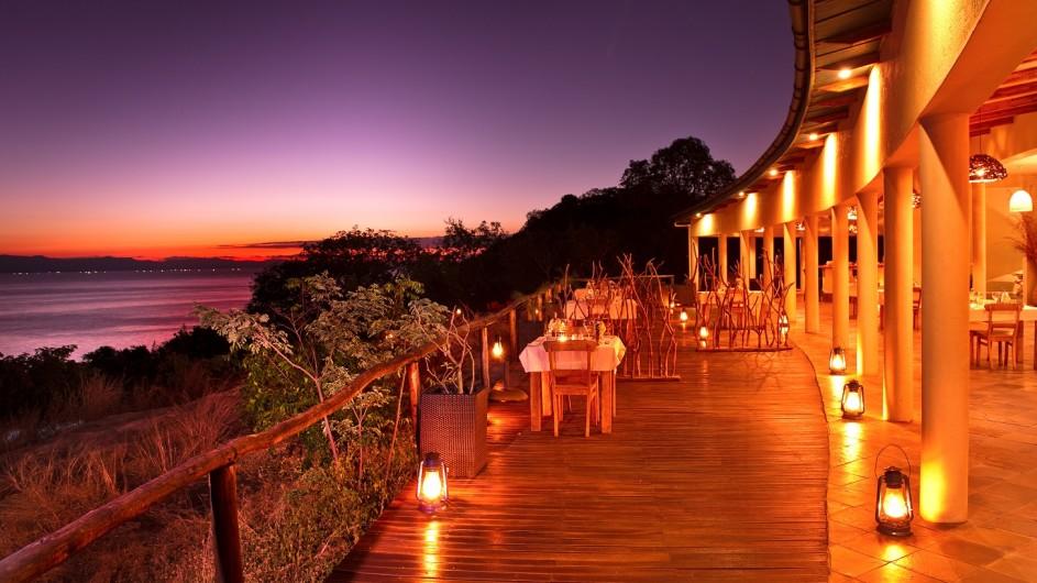 Malawi Pumulani Dinner Terrasse