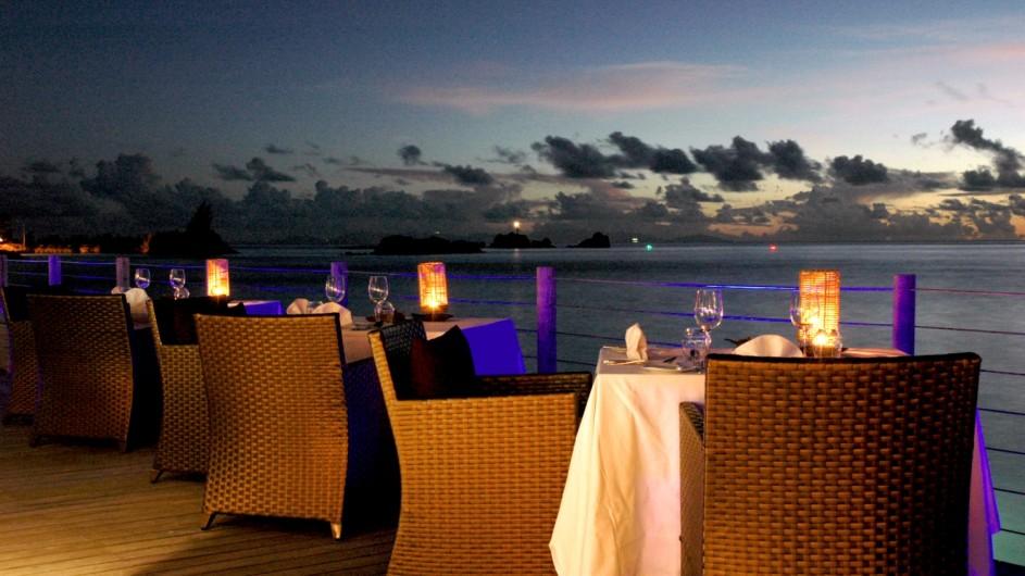 Seychellen La Digue Domaine de L´Orangeraie Santosha Restaurant