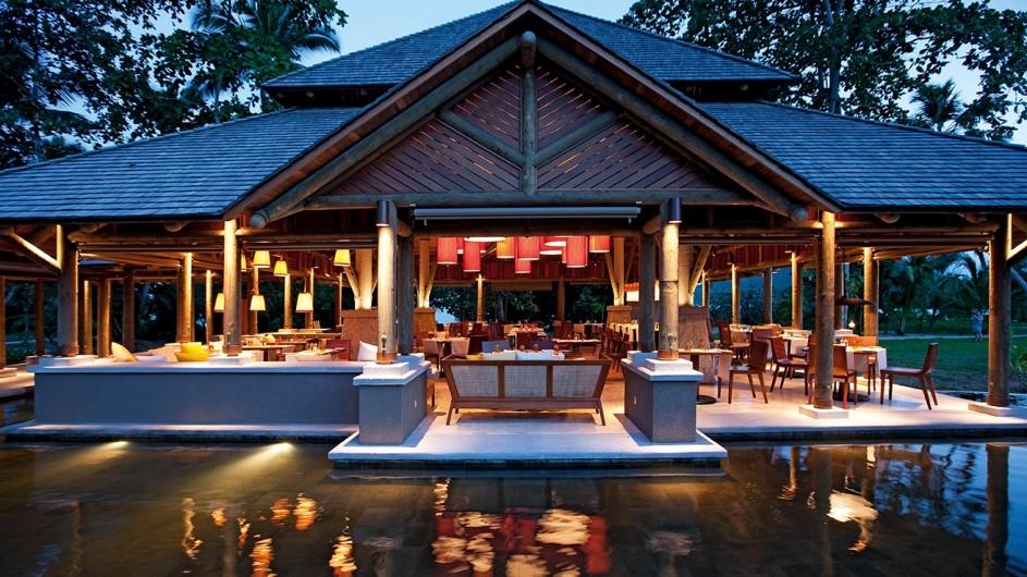 Seychellen Mahe Constance Ephelia Resort Corossol Restaurant