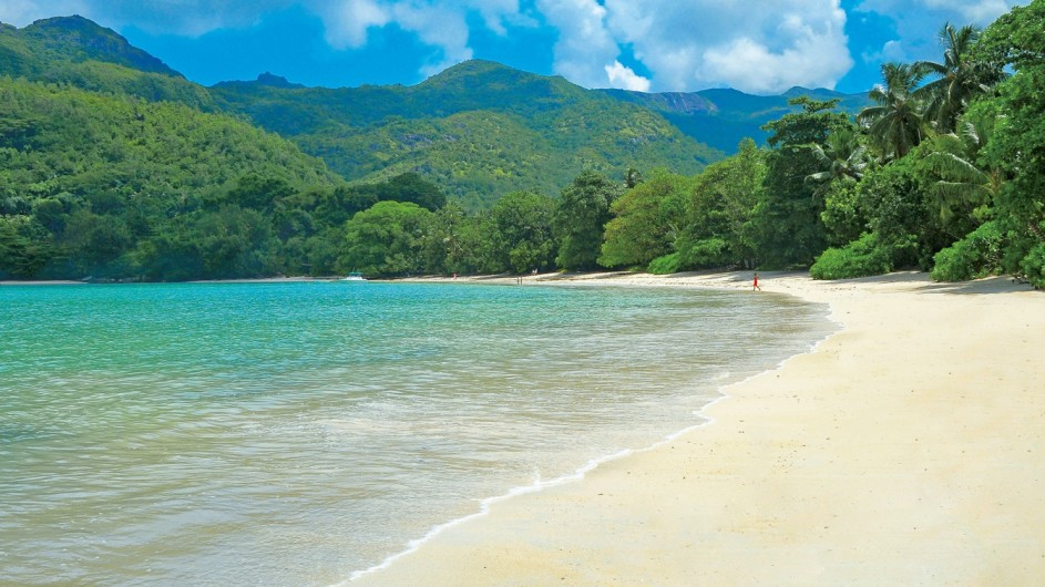 Seychellen Mahe Constance Ephelia Resort Strand