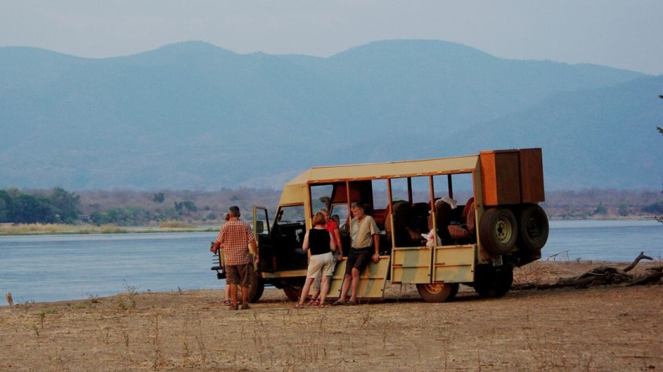 Zambia Bundu Adventure Safaris Landrover