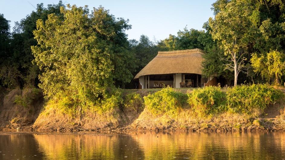 Zambia Nkwali Camp Ansicht vom Fluss