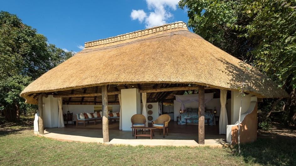 Zambia Nkwali Camp Bungalow
