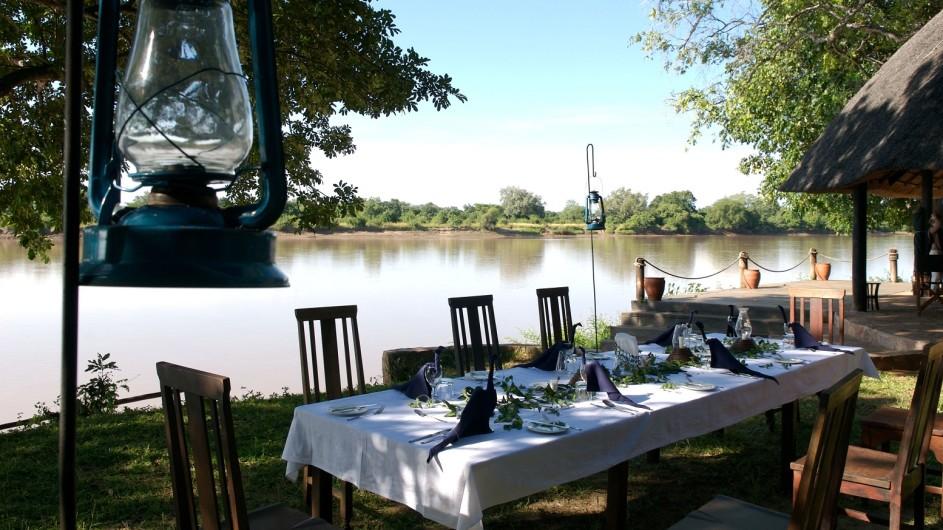 Zambia Nkwali Camp Mittagessen