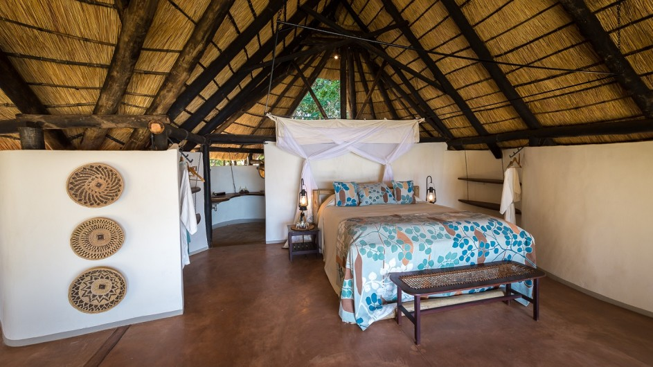 Zambia Nkwali Camp Zimmer innen