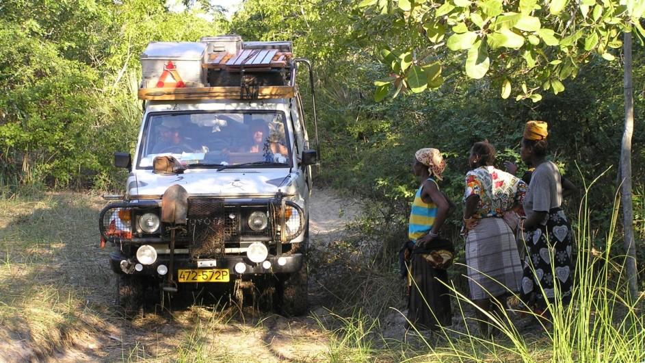 Zambia Fahrt durch den Busch