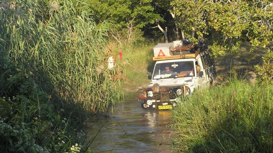 Zambia Flussdurchquerung