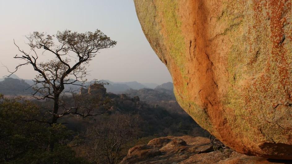 Zimbabwe Big Cave Camp Landschaft