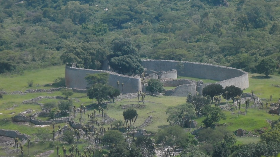 Zimbabwe Norme Jeanes Lakeview Lodge Great Zimbabwe Ruins
