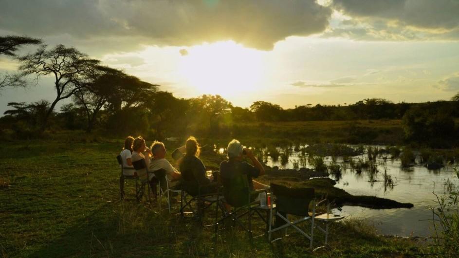 Tanzania Grumeti Hills Sundowner