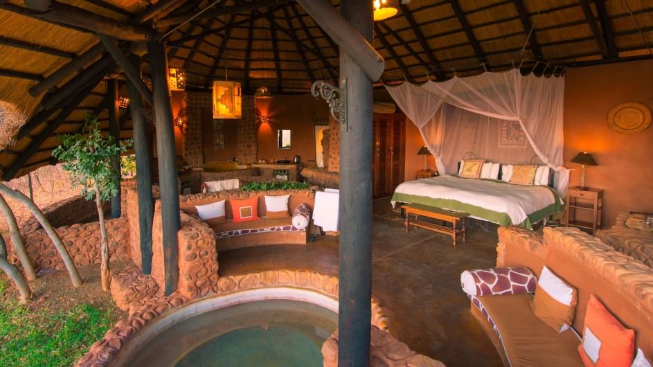 Zambia Stanley Safari Lodge Chalet
