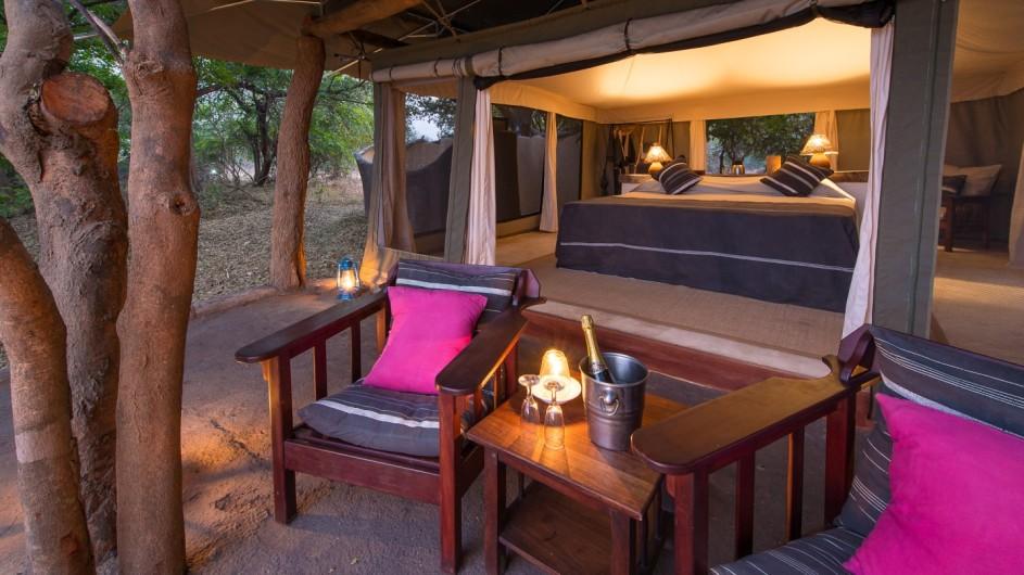 Zambia Tena Tena Einblick ins Zelt