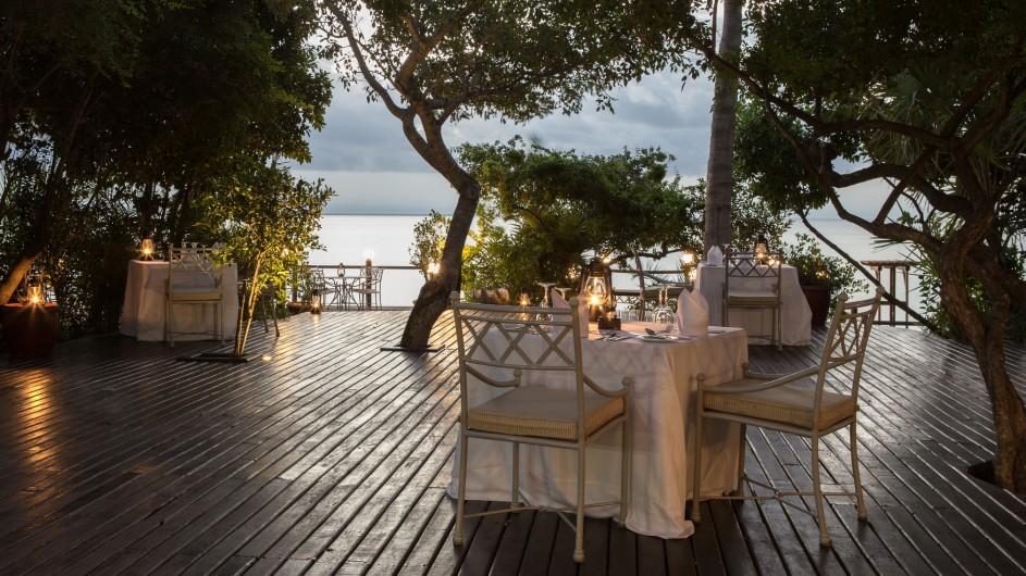 Mozambique Anantrara Resort & Spa Bazarutu Island Dinner Deck