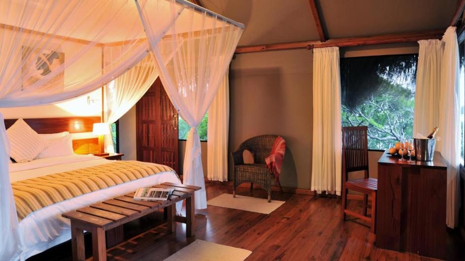 Mozambique Santa Maria Peninsula Machangulu Beach Lodge Oceanview Zimmer Schlafraum
