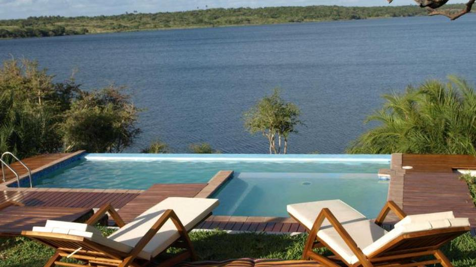 Mozambique Naara Eco Lodge Terrasse mit Pool