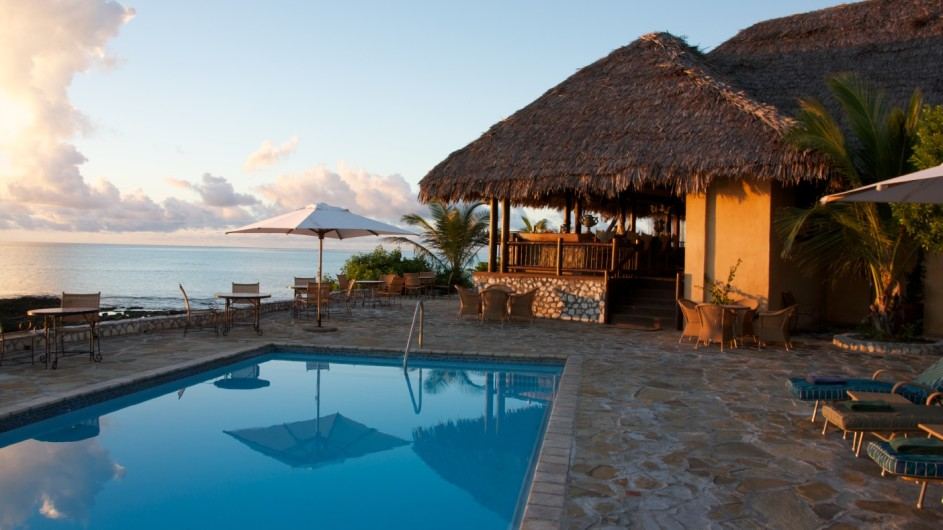 Mozambique Anantara Resort Medjumbe Island Beach Pool