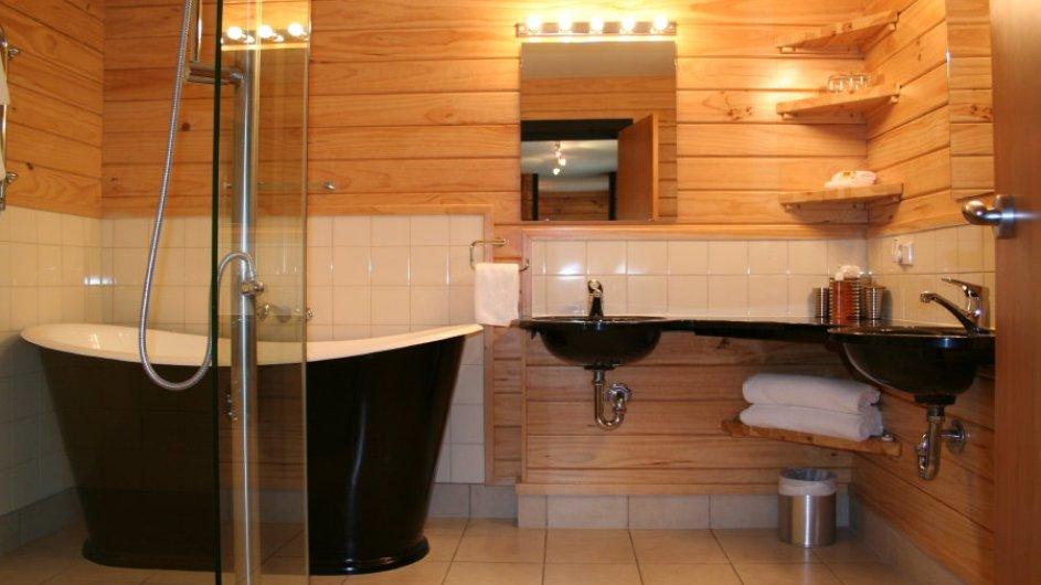 Neuseeland Franz Josef Gletscher Westwood Lodge Grand Suite Badezimmer