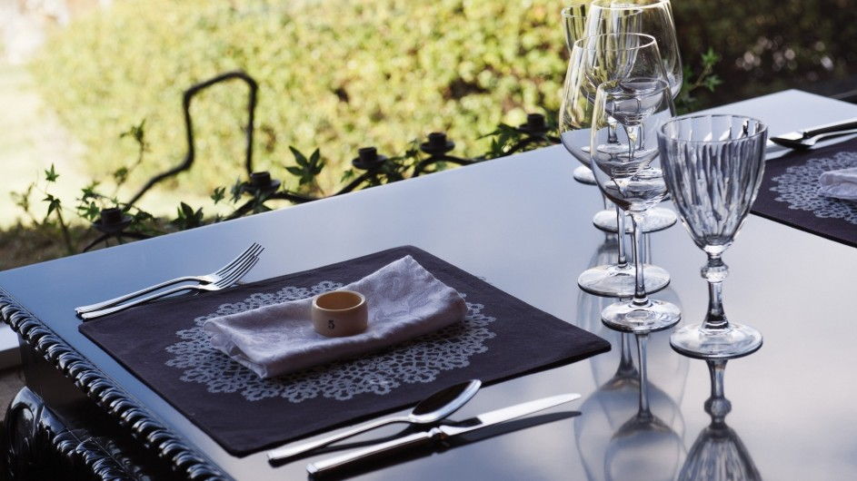 Neuseeland Lake Tekapo Luxury Lodge gedeckter Tisch